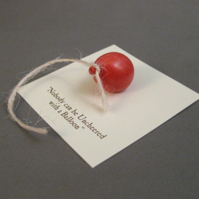 Red Balloon - porcelain miniature (Michel & Co)