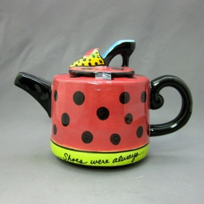 Shoes Were Always on Her Mind mini-teapot - Apple Tree
