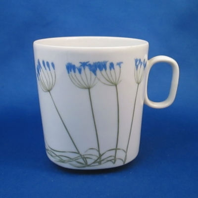 Block Floral Portraits cup (Brodiaea)