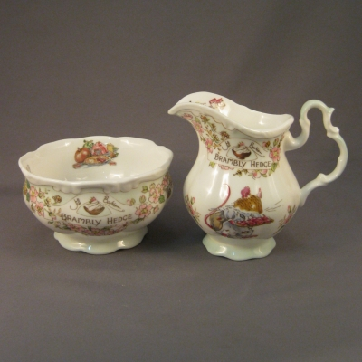 Brambly Hedge Tea Service (Creamer & Open Sugar Bowl)