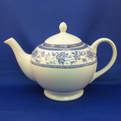 Churchill (Indian Tree-Blue) teapot