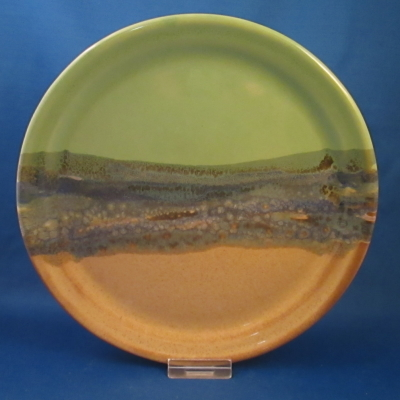Clay in Motion plate, green & tan