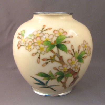 Cloisonne vase - cream background with blossoms
