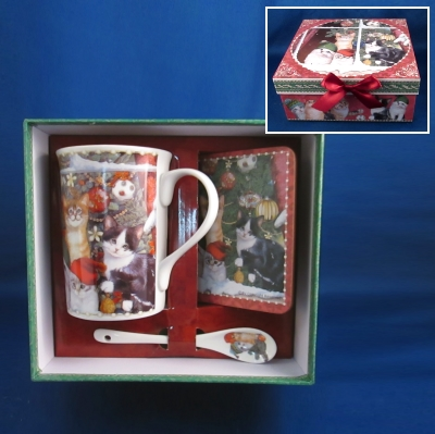Delton Boxed Christmas Cats Mug-Spoon-Coaster set