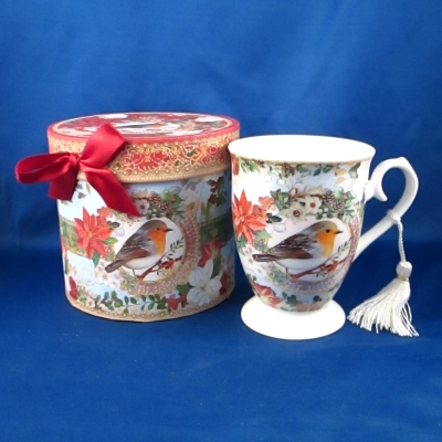 Delton Boxed Christmas Bird mug