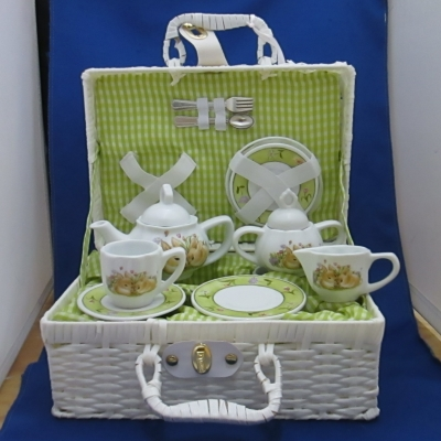 Bunny child's tea set (15 piece) with basket - Delton