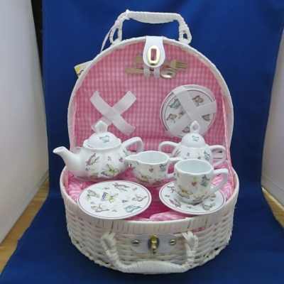 Butterfly child's tea set (15 pc) with basket - Delton