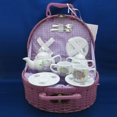 Camellia child's tea set (15 piece) with basket - Delton
