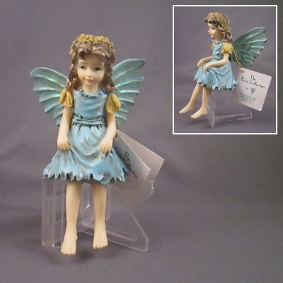 Water Fairy, seated - The Fairy Collection, Dezine