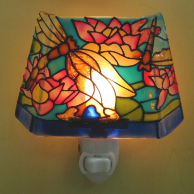 Dragonfly/Waterlilies/Blue base stained glass nightlight