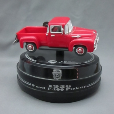 Enesco 1956 Ford F-100 Pick-up mini musical
