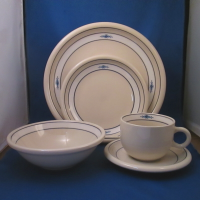 Epoch New Stockholm 5 piece place setting