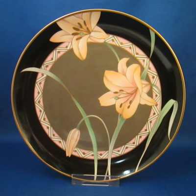 Epoch Night Lily salad plate