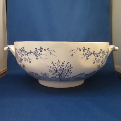 Furnivals Quail Blue tureen (no lid)