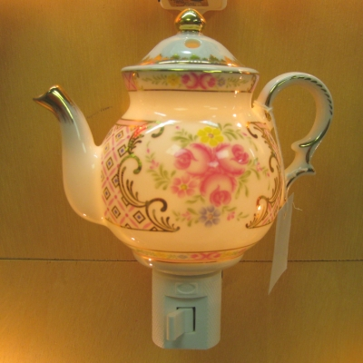 Teapot nightlight - pink roses/gold trim - Ganz
