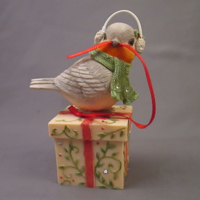 Christmas Wrapping - bird with present