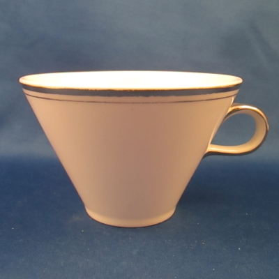 HLC 2737 (Double platinum band and handle) cup
