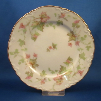 Hutschenreuther Maple Leaf, Scalloped bread & butter plate