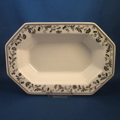 Independence Millbrook small oval vegetable bowl
