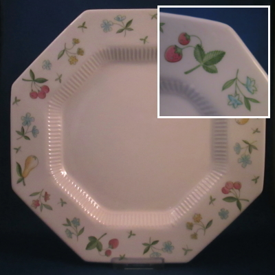 Independence Old Orchard dinner plate