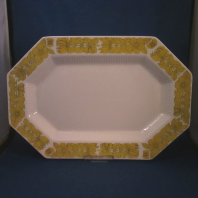Independence Yellow Bouquet oval platter