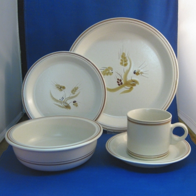 Jepcor CountryCupboard - Harvest 5 piece place setting - Click Image to Close