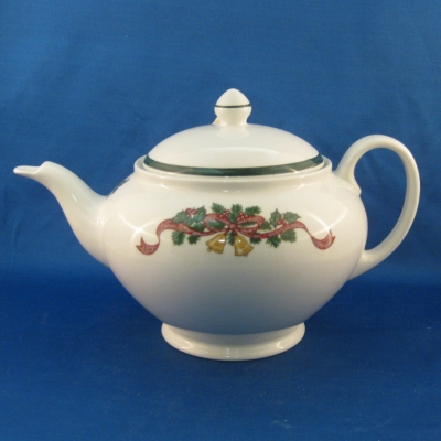 Johnson Brothers Victorian Christmas teapot