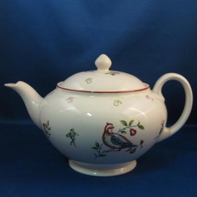 Johnson Brothers (12 Days of Christmas) teapot - $0 00 : Hoffman's