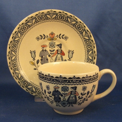 Johnson Brothers Hearts & Flowers cup & saucer