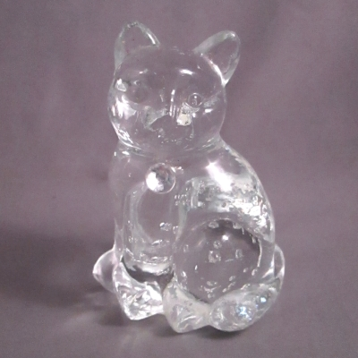 Lefton Glass Birthstone Cat - April Diamond