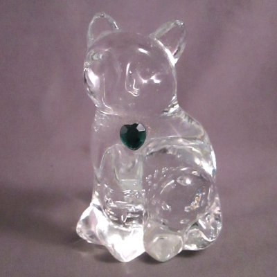 Lefton Glass Birthstone Cat - May Emerald