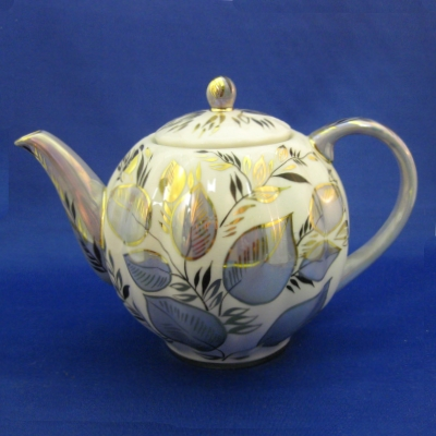 Lomonosov Moonlight teapot