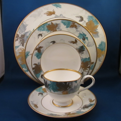 Nikko Arcadia 5 piece place setting