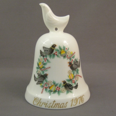 1976 Noritake Christmas Bell - 4 Colly Birds