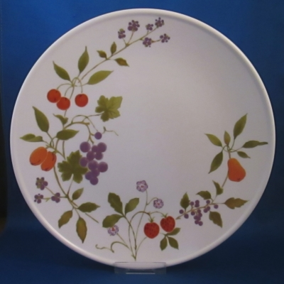 Noritake Berries 'n Such dinner plate