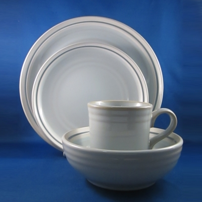 Noritake Cycle Frost 4 piece place setting