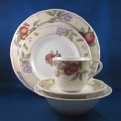 Noritake Fruit Canyon 5 piece place setting