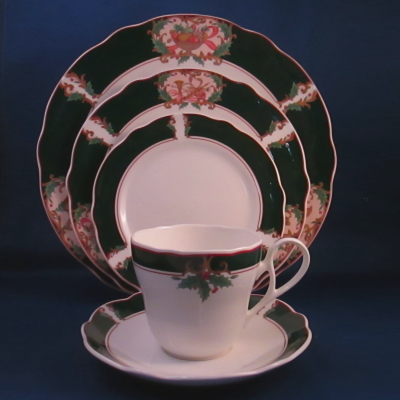 Noritake Home for Christmas 5 piece place setting