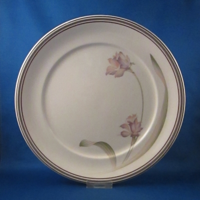Noritake Partners dinner plate