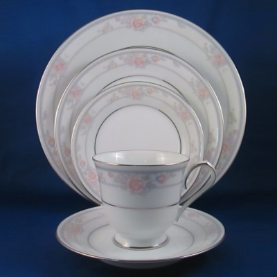 Noritake Newbury 5 piece place setting