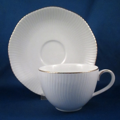 Noritake Pacific Hill Gold cup & saucer