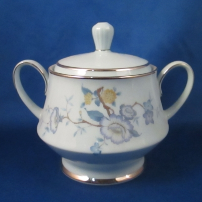 Noritake Peonia sugar with lid
