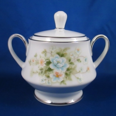 Noritake Poetry sugar bowl with lid