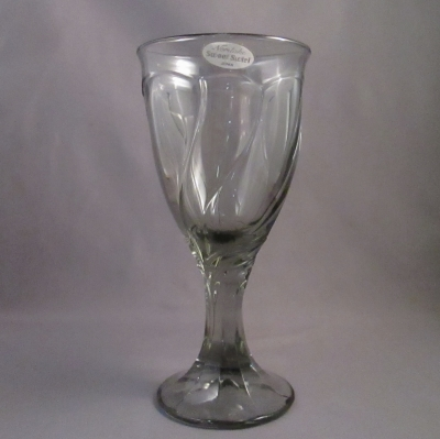 Noritake Sweet Swirl Gray wine