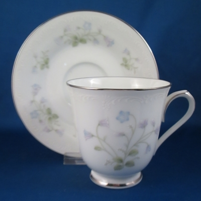 Noritake Sweet Violets cup & saucer