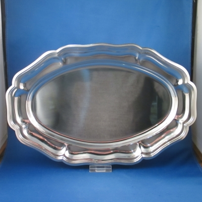 Oneida Carefree Collection stainless oval tray