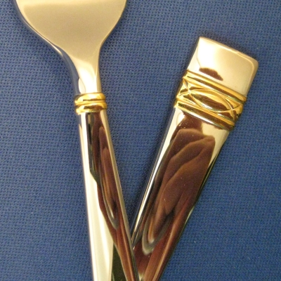 Golden Oberon, Stainless