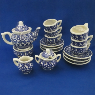 Polish Pottery child's tea set (18 pc) blue and white