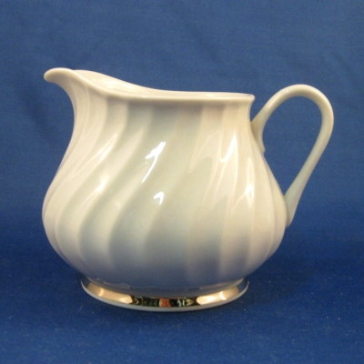 Princess China/Empcraft USA Elegance creamer