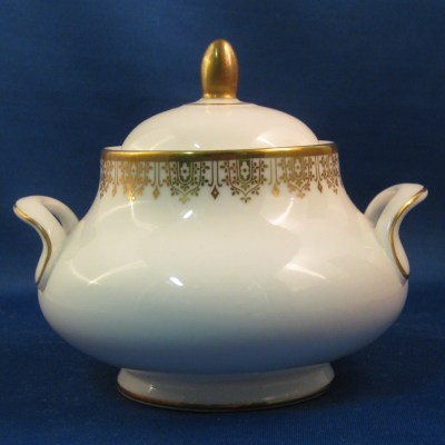 Royal Doulton Gold Lace sugar bowl